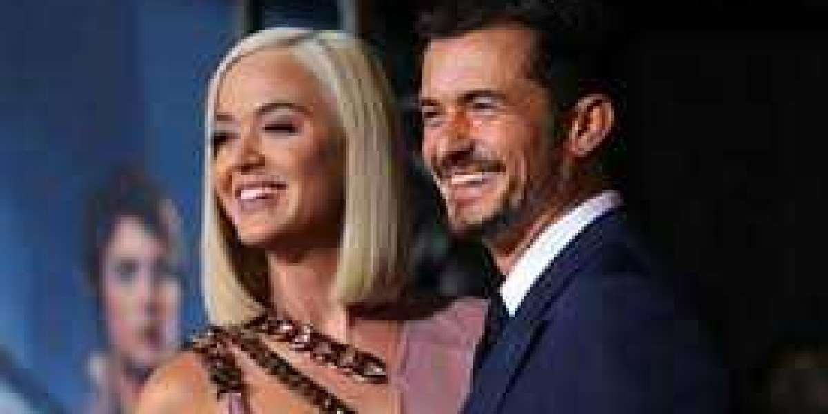 Katy Perry and Orlando Bloom announce the birth of their first child together